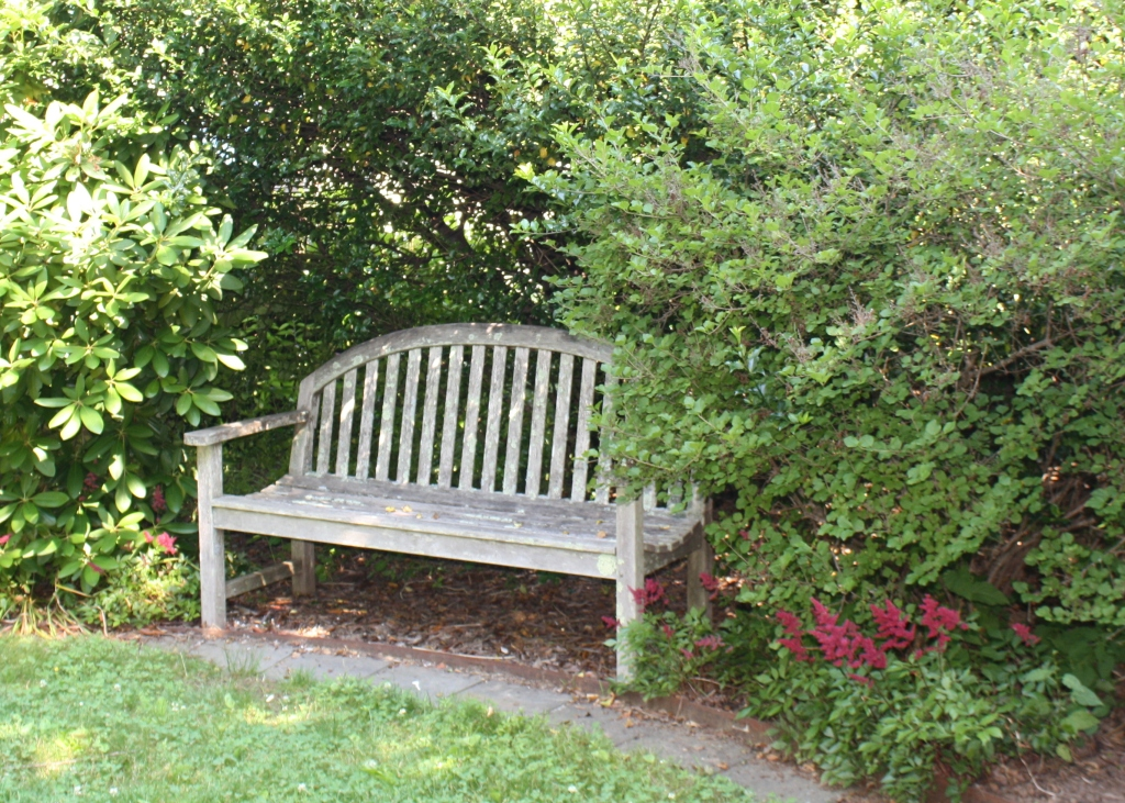 little circle bench